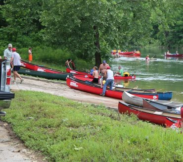 canoeingPage02