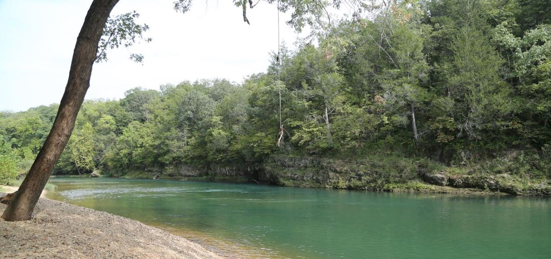 Gorgeous scenery abounds in Eminence. The turquoise rivers are beautiful.