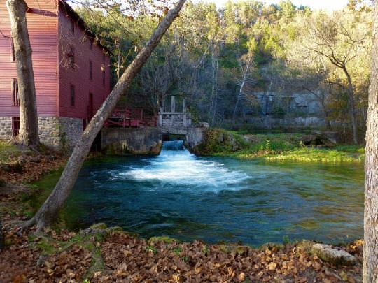 Another shot of the beautiful Alley Spring Mill